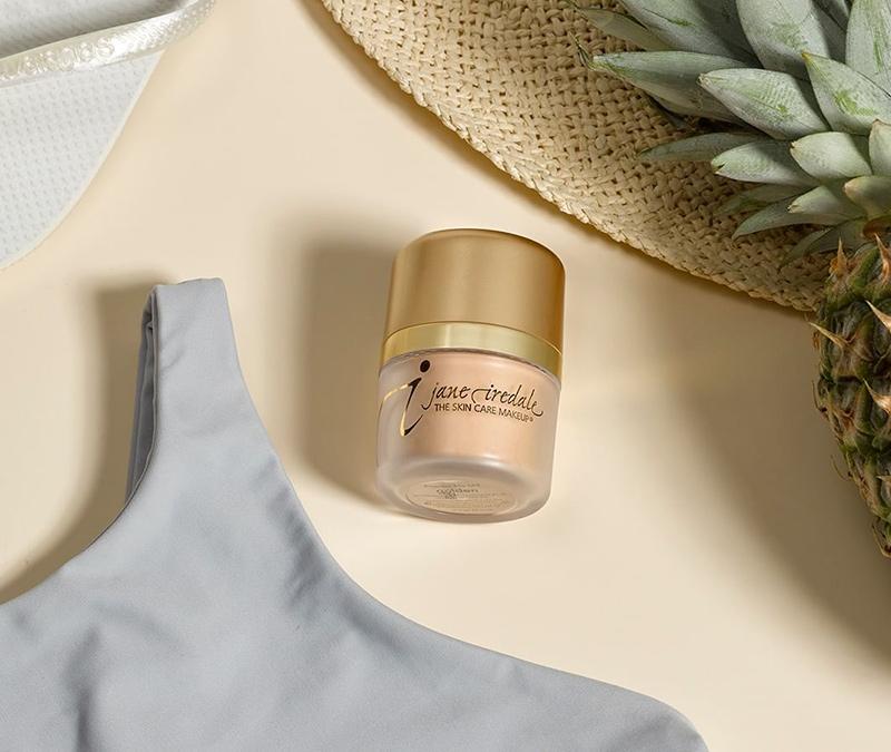 jane-iredale-powder-me-spf-30-dry-sunscreen