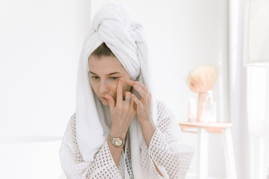 Treatments for acne and acneic skin at dermoi!